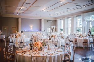 How to Save on Wedding Costs
